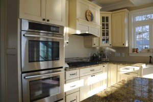 Top And Bottom Oven In Lake Como Modular Home In NJ